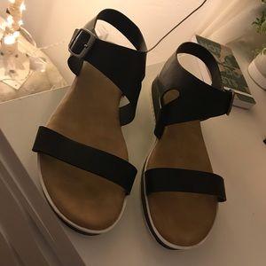 """Bamboo"" sandals ; never worn."